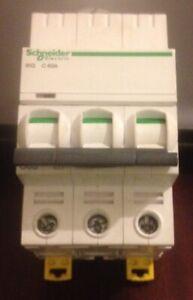 SCHNEIDER SE 10C363 MCB T Circuit Breaker