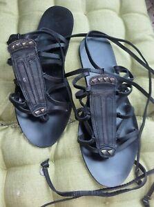 Sandales noires spartiates Cuir 'Mango' liens chevilles : P39