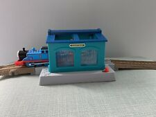 trackmaster thomas the tank engine train set add on sodor engine wash
