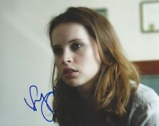 Felicity Jones signed 8x10 photo - Rogue One: A Star Wars Story - PROOF