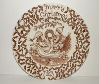 ROYAL CROWNFORD STAFFORDSHIRE BROWN AND WHITE VINTAGE CHRISTMAS PLATE 1983
