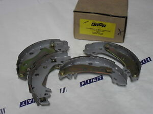 Bremsbacken Satz, Fiat 131/ 132/ Argenta/ Campagnola, OE 5888143 / 77445900