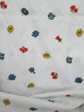 Vintage Basket Weave Fabric-Flowers-White-Home Decor-Table Cloth-3 yds 45w