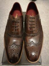 LOAKE DESIGN FEARNLEY BROWN CALF LEATHER BROGUES.SIZE 9.  RRP £175