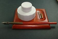 LOT ENCRIER +PORTE PLUME + 3 PLUMES ECRITURE CALLIGRAPHIE INKWELL PEN HOLDER OLD