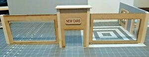 1/24 SCALE DIORAMA SHOWROOM w/TALL FRONT ENTRY DOOR OPENING DOORS UNFINISHED
