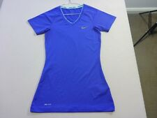 067 WOMENS NWOT NIKE PRO PURPLE V-NECK COMPRESSION TOP XSML $80 RRP.