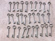 n° 54 Lot 30 clés anciennes de porte serrure clef / déco Clef table de mariage