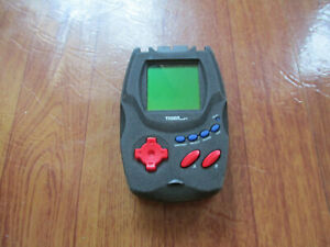 RESIDENT EVIL 2 99X TIGER ELECTRONICS - (item NOT WORKING)