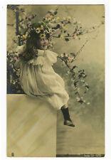 c 1904 Children Kids CUTE SMILING GIRL Traut photo postcard