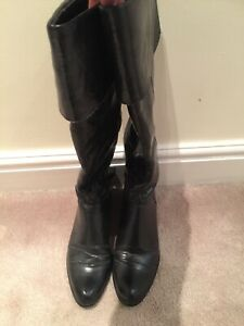 ladies black boots size 5 used