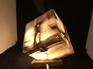 cube of light - Onyx desk lamp