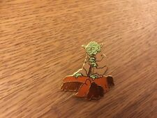 STAR WARS YODA ON ROCK PIN SOLD AT THE DISNEY PARKS 1990'S STAR TOURS