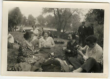PHOTO ANCIENNE - JEU PARTIE DE CARTES JARDIN-PLAYING CARDS GAME-Vintage Snapshot