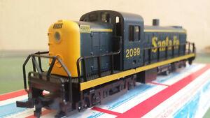 Model Power HO gauge 6843 Alco RS-2 locomotive 2099 in Santa Fe blue, lights