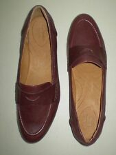 Women's Clarks Indigo Burgundy Leather Loafers Moccasins Size 12M New In Box