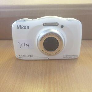 Nikon Coolpix S33 Waterproof/Shockproof  Digital Camera - White (Y14)