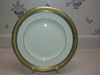 """Royal Worcester Durham Pattern Gold Encrusted Bone China Bread Plate 6"""" 1963"""