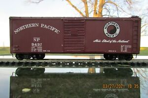 ATHEARN WOOD SIDED BOXCAR NORTHEARN PACIFIC 2 RAIL ATHEARN TRUCKS