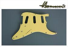 Stratocaster Pickguard US Style, Vintage Cream, 11 Lochbohrungen SSS Fräsung