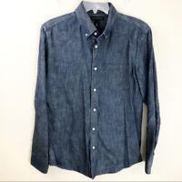 Men's Banana Republic Slim Fit Medium Chambray Soft Wash Blue Cotton long Sleeve