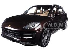2013 PORSCHE MACAN TURBO BROWN METALLIC LTD 504 1/18 BY MINICHAMPS 110062500
