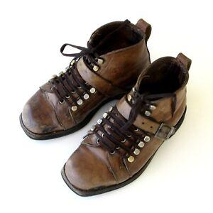 Ancienne paire de chaussures ski à lacets ou Télémark-Cuir - Double laçage