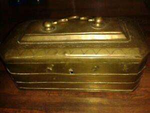 ANTIQUE VINTAGE INDIAN RECTANGULAR SOLID BRASS HANDLED HINGE LID BOX TEA CADDY ?