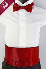 jungen roten fliege und Kummerbund-set Abiball Outfits Seite
