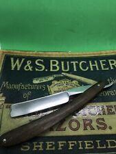 Antique/Vintage Wade & Butcher Medium Size Hollow Ground Barbers notch Sheffield