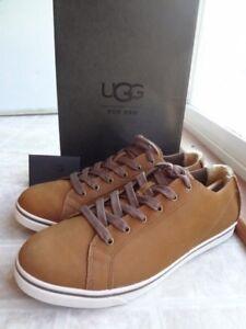 UGG Vanowen Nubuck Sneaker, Men 10 (NEW) Free Shipping