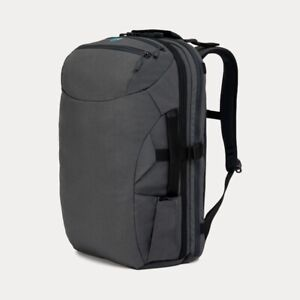 Minaal 2.0 carryon travel nylon bag vancouver grey minimalist