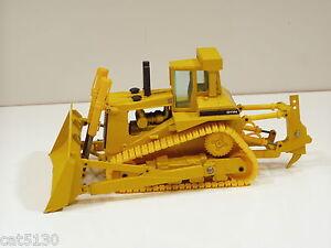 Caterpillar D11N Dozer - o/c - 1/50 - Conrad #2852 - No Box