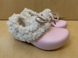 NWT CROCS GRETEL Girls Fur Winter Shoes Pink Bubblegum Oatmeal C 6 7 Authentic