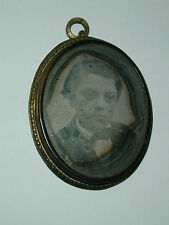 rare daguerreotype jewelry pendant oval a young garçon photo photography