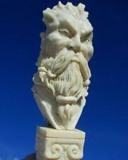 Portrait - Horn geschnitzt auf Beinsockel - Wunderkammer !