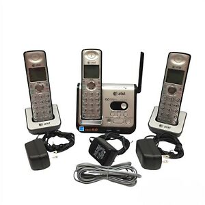 ATT Phones & Answering System CL82309 DECT 6.0 Base & 3 Hand Sets / Works