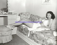 ACTRESS AVA GARDNER RARE POSED ON HER COUCH LEGGY 8 X 10 PHOTO FEET TOES A-AG10