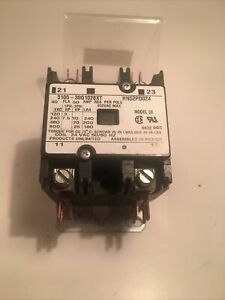 """Products Unlimited Contactor; 3100-630Q1028XT; """"USED"""""""