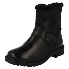 Calzado de niña Botas, botines negros de piel