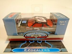 Dale Earnhardt 1989 #3 Goodwrench Lionel Diecast 1:64 NASCAR Racing