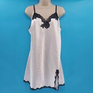 Victoria's Secret White Black Floral Lace Slip Gown Babydoll Lingerie Large