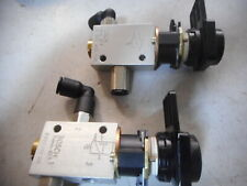 BOSCH DIRECTIONAL VALVES with PUSHBUTTON Operators -- Qty of 2 -- 0820402106