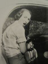 VINTAGE CLASSIC CAR DRIVING MISS DAISY EMOTIONS SHOCK OUTRAGE SURPRISE FUN PHOTO
