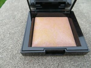 NEW -Bare Mineral Invisble Glow Powder Highlighter - Full Size - color Medium