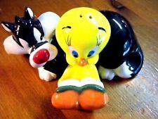 Looney Tunes Tweety & Sylvester Salt & Pepper Shakers Set Ceramic New in Box