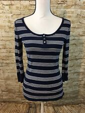 Old Navy 3 Button Scoop Neck 3/4 Sleeve Womens VERY SOFT BLUE T Shirt SMALL A440
