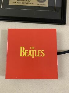 THE BEATLES LIMITED EDITION 45 SINGLES BOX SET RARE W/ POSTER CAPITOL APPLE