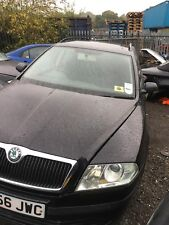 SKODA OCTAVIA 2.0 FSI 2006 BREAKING FOR PARTS & SPARES - O/S/F CALIPER
