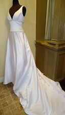 Symphony Bridal S2020 White Satin Wedding Dress w/ Deep V Neckline Size 10